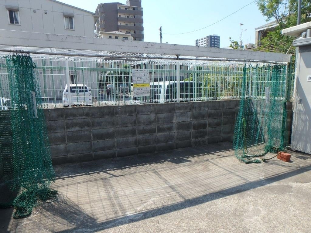 マンションのゴミ置き場を改修